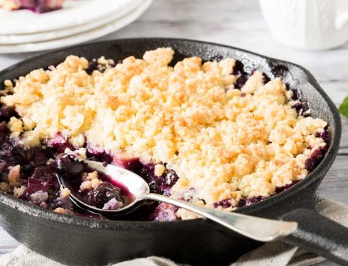 One-Pan Berry Crumble